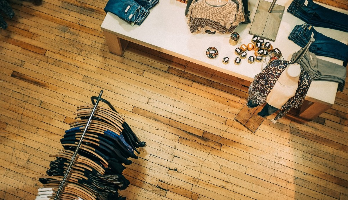 The Battle of Retail: Which Fares Better, eCommerce or Brick and Mortar Retail?